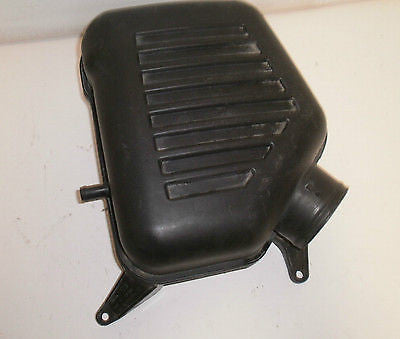 Jeep Wrangler TJ Air Resonator Cleaner Box 97-02 OEM 4 cyl 2.5L 53030759