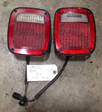 Jeep Wrangler TJ Rear Brake Tail Light Turn Signal 98-06 Pair Set OEM FREE SH