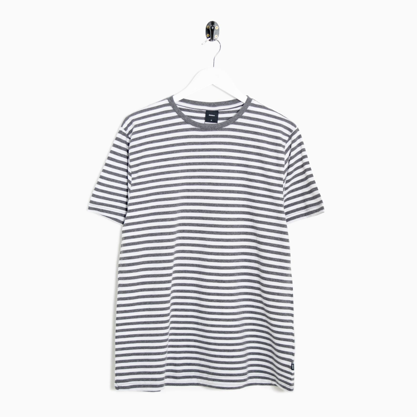 Finisterre Bannel Stripe T-Shirt - Charcoal / White - CARTOCON