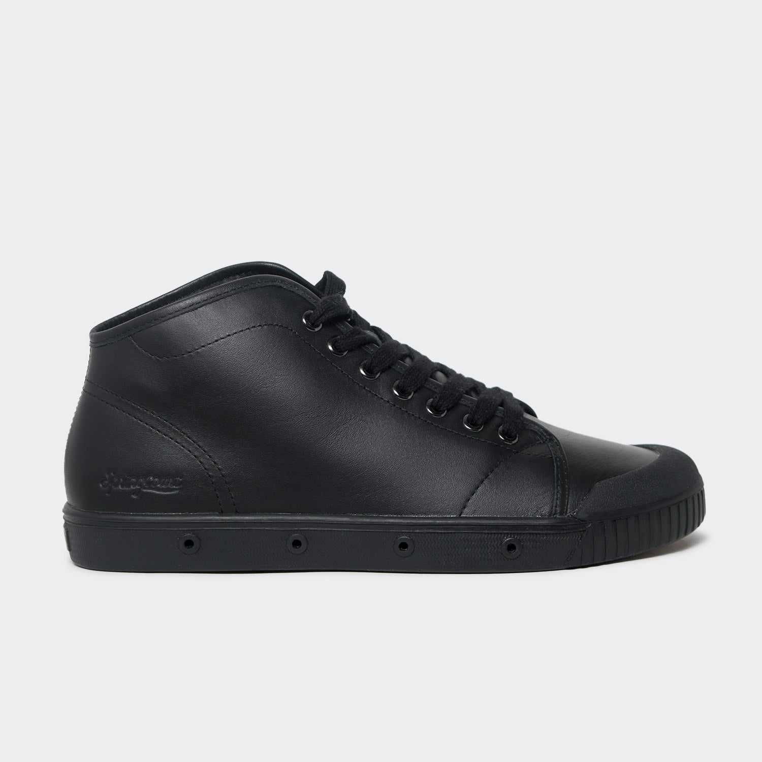 Spring Court B2 Classic Nappa Leather Shoes - Black  - CARTOCON