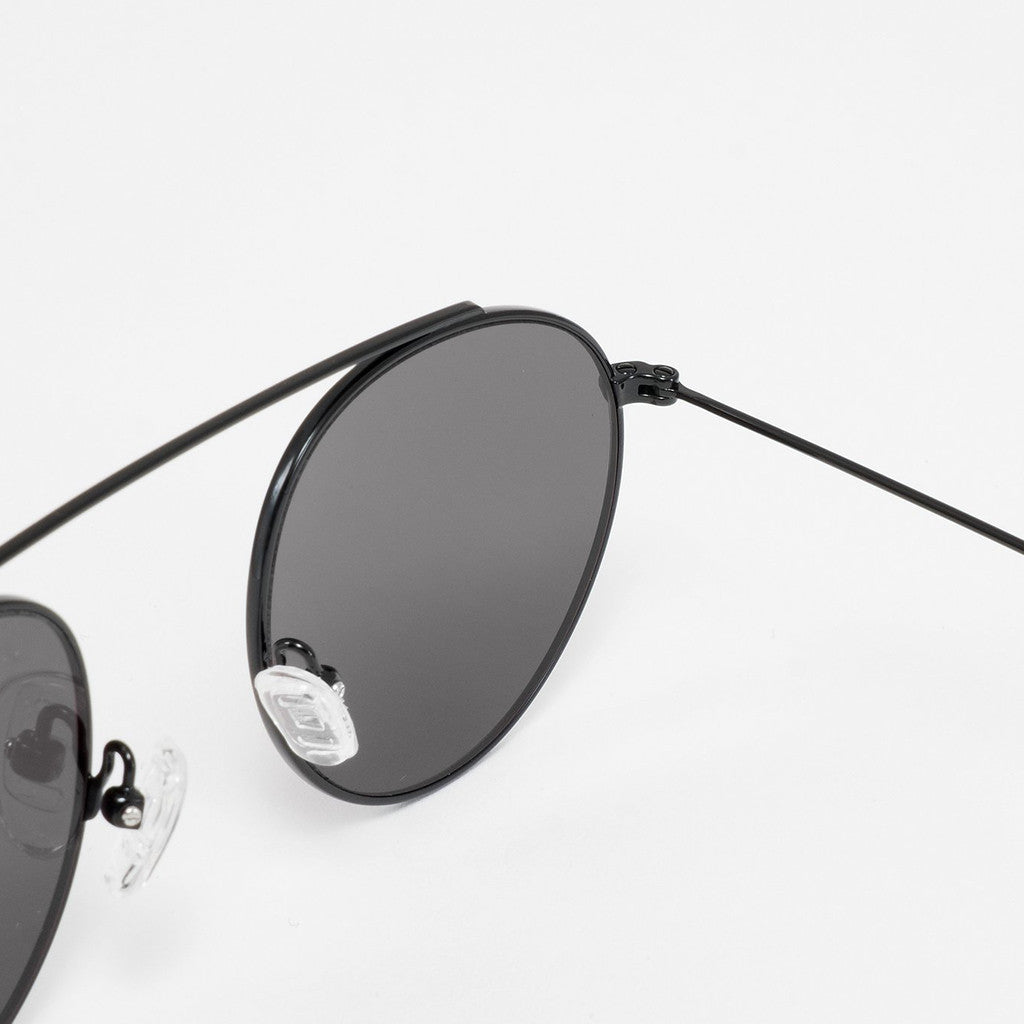Monokel Iota Sunglasses - Black