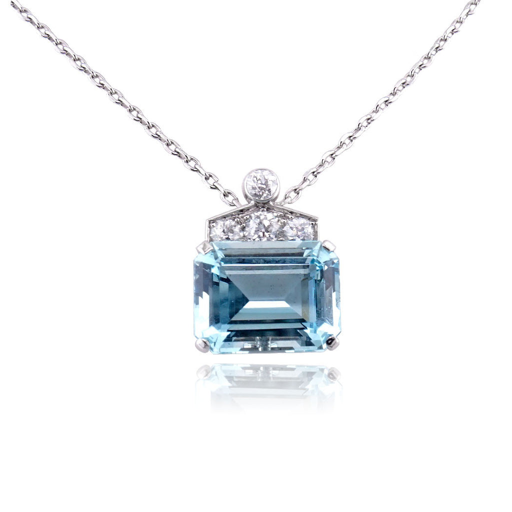 in jewelry necklace pendant green lyst preville penny floating emerald cut diamond