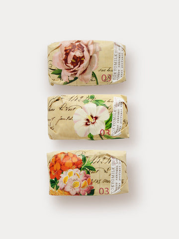 Mini bar soap collection with botanica rose and flower theme