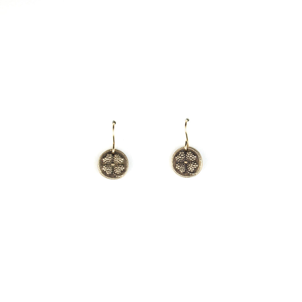 TINY TOKEN Earrings | Clover