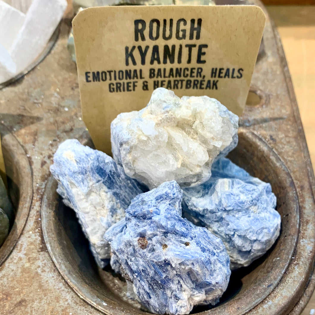 CRYSTALS | Rough Kyanite