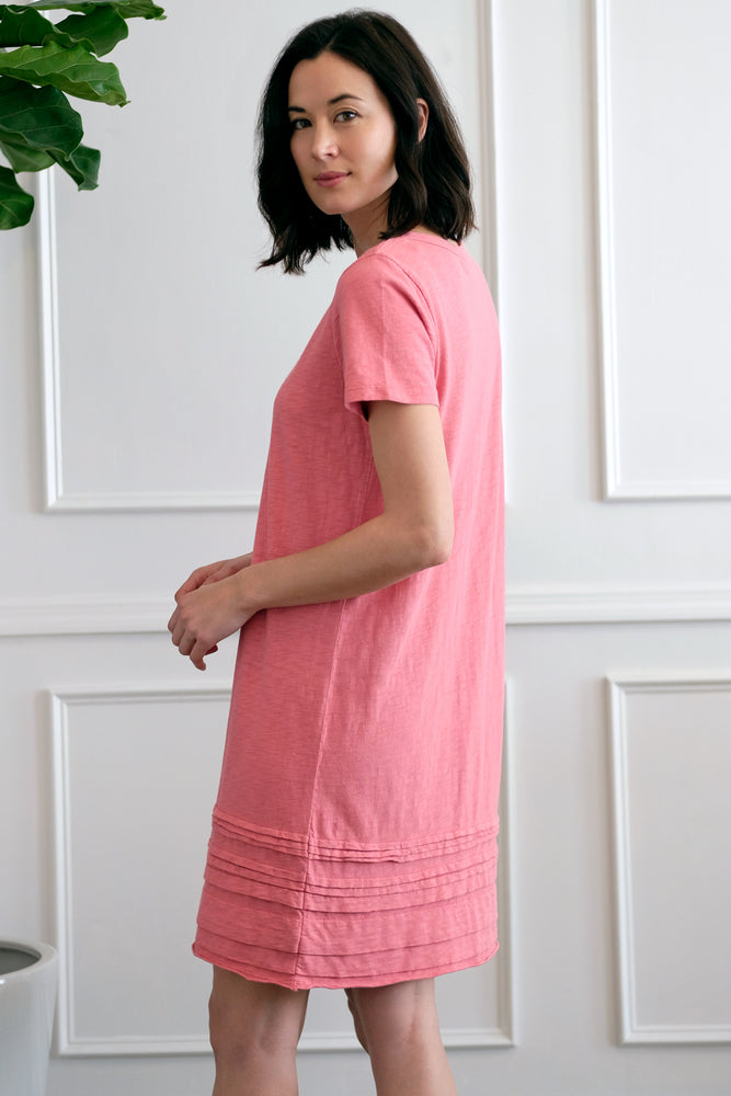 T-Shirt Dress w/ Pleated Hem - Mododoc