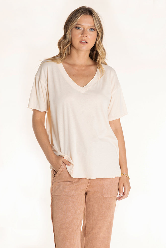 Short Sleeve Easy Fit V-neck Tee