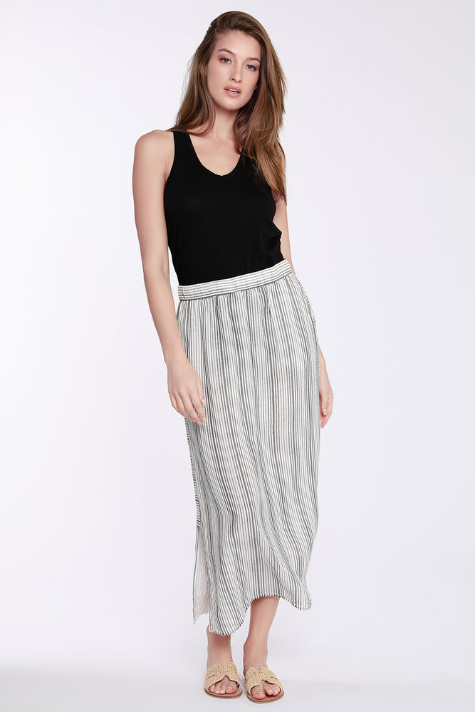 Pull-on Maxi Skirt W/ Side Slits