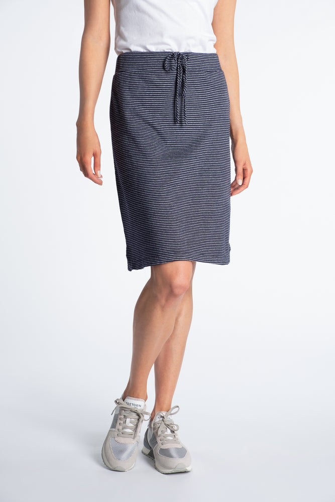 Pull-On Skirt - Mododoc
