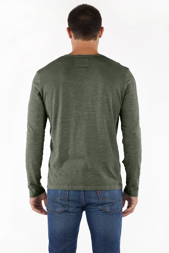 """Les Carillo"" Long Sleeve Noth V-neck"