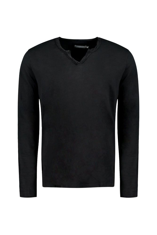"""Les Carillo"" Long Sleeve Notch V-Neck"