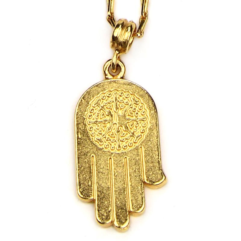 The Art of Layering Hamsa Necklace | Ben-Amun Jewelry | evil eye jewelry | hamsa jewelry meaning | prayer jewelry | hamsa pendant | hamsa hand pendant