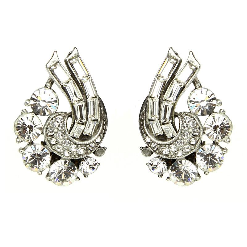 Crystal Rococo Earrings by Ben-Amun. Bridal Statement Earrings Clip. Evening Accessories Jewelry. Sofia Vergara Vanity Fair.
