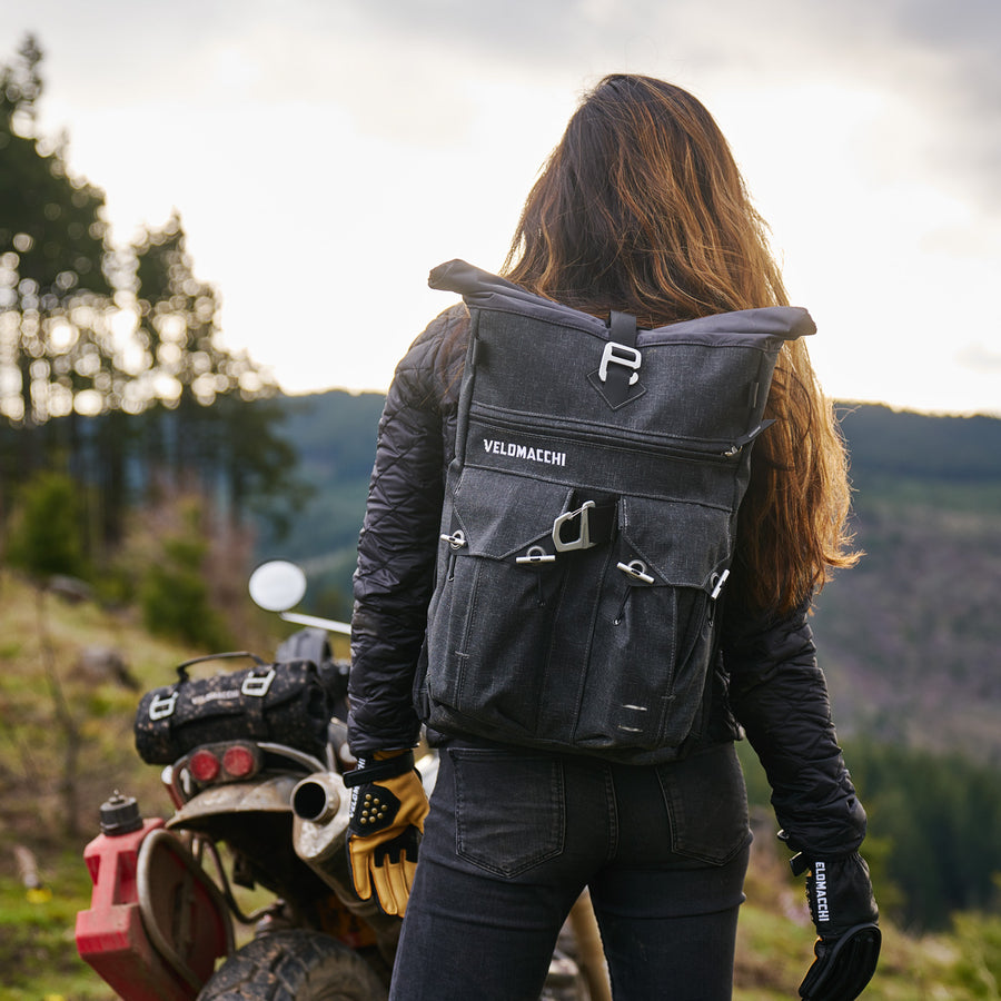 Back view on a medium-sized backpack for motorcycle commuting.