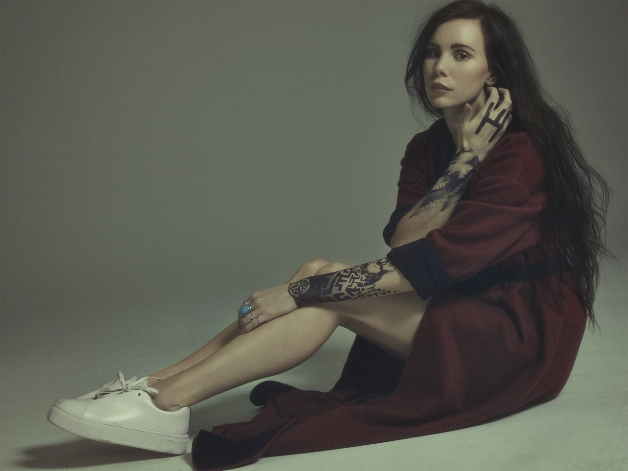 "Skott reveals jaw-dropping pop ballad ""Wolf"" ahead of live debut in Sweden"
