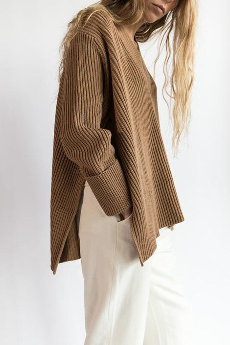 Idun-Saint Paul-Hope Moon Sweater-Brown Sweater