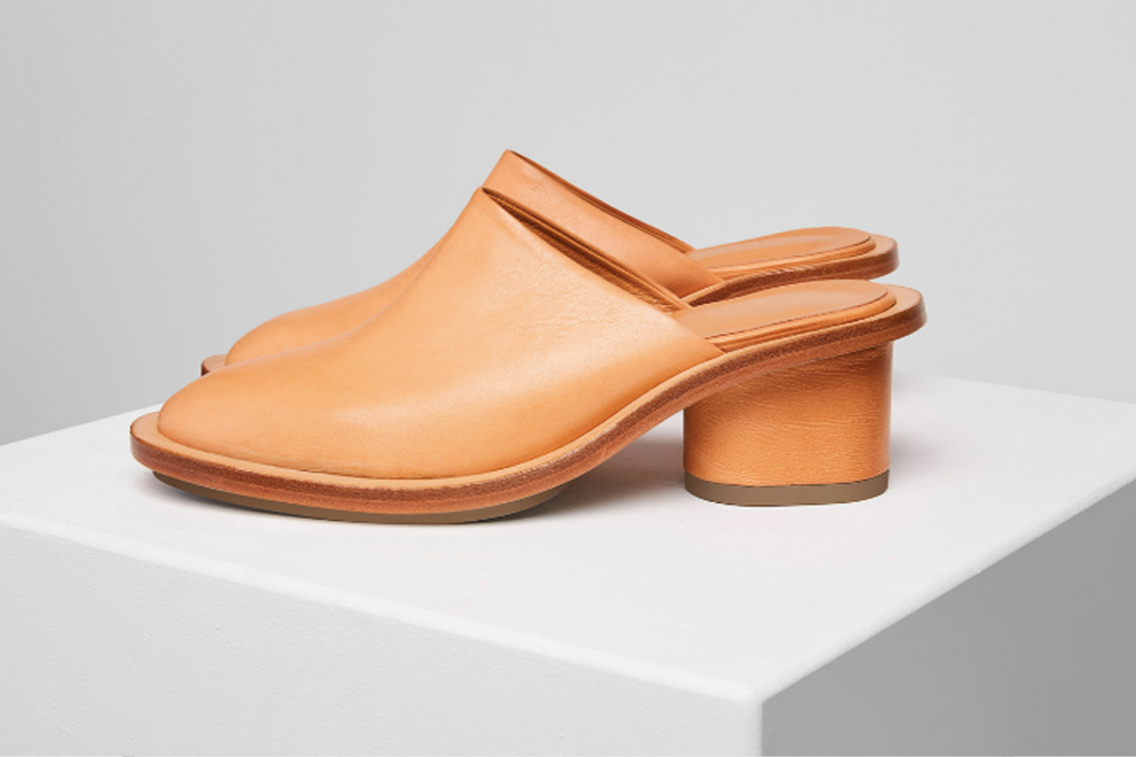Building Block Ada Mule-Leather Slip Ons