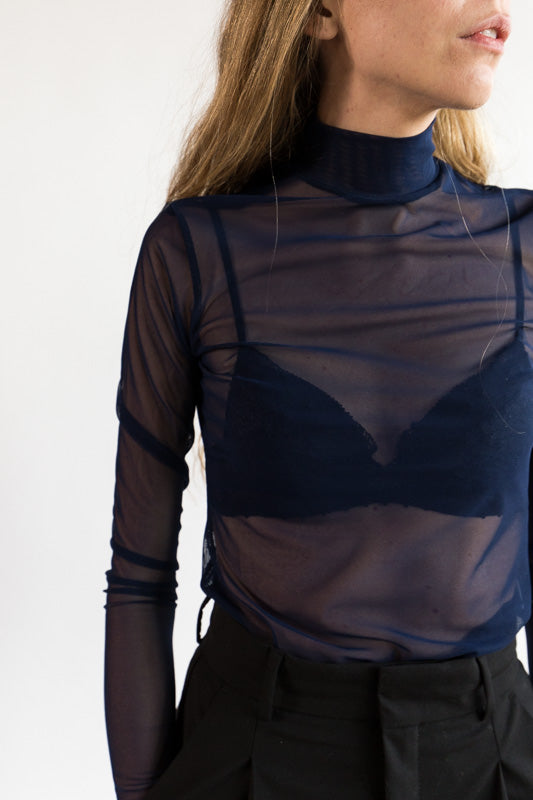 Long Sleeve Mesh Mockneck