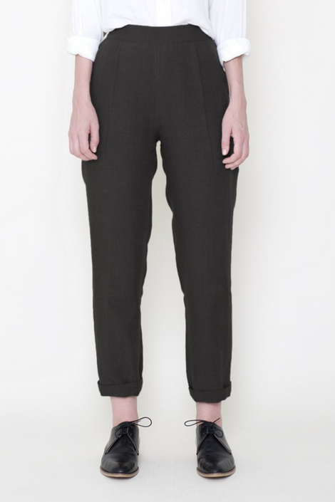 Signature Tapering Trouser