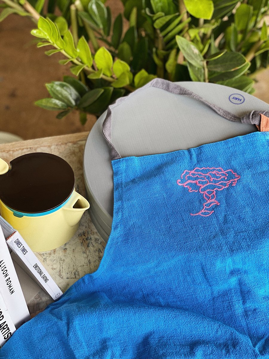 Embroidered apron - Idun - Forage Modern Workshop - Mother's Day gift
