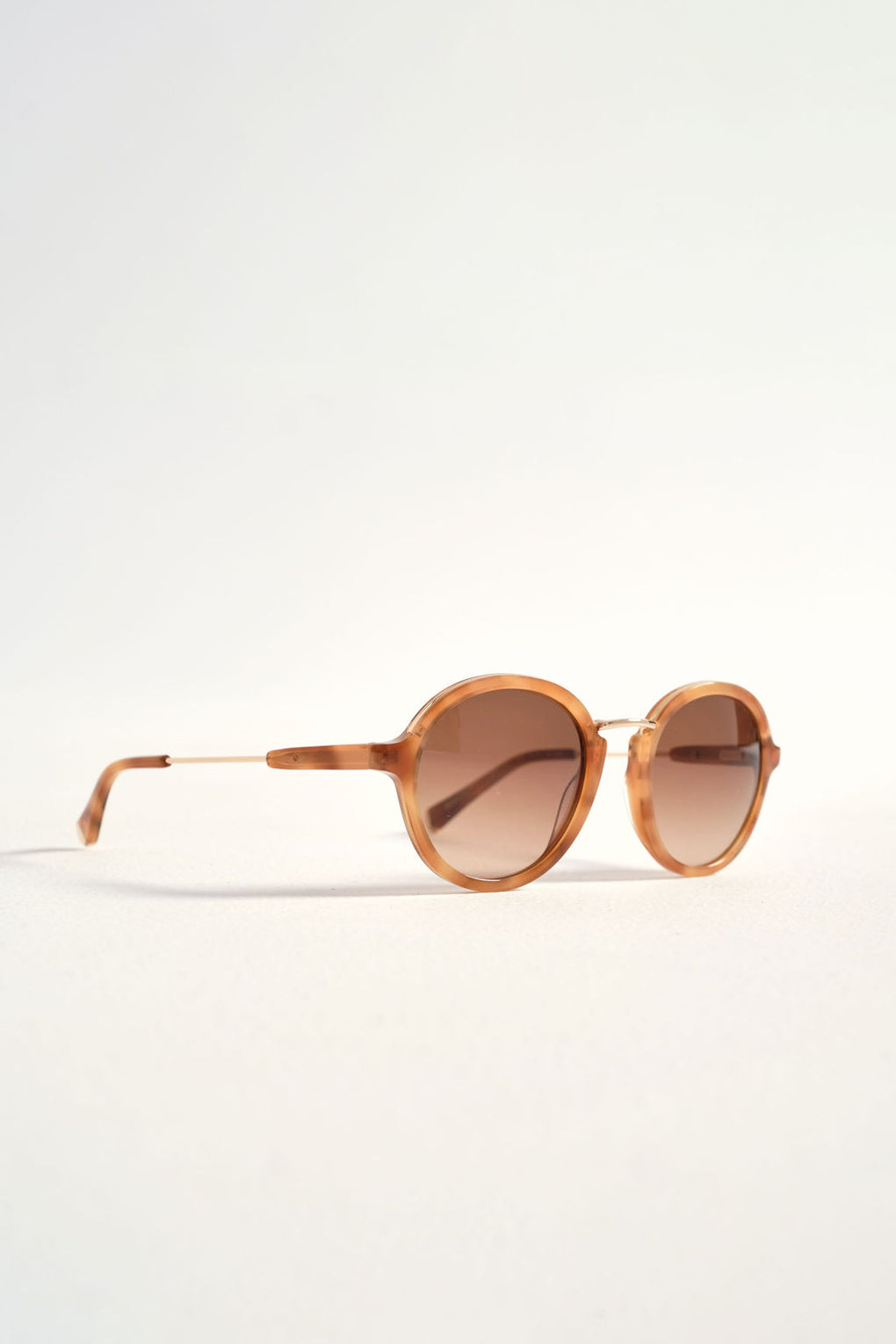 Fiona sunglasses-Kate Young-Tura sunglasses–Kate Young for Tura Sun–Idun-St. Paul