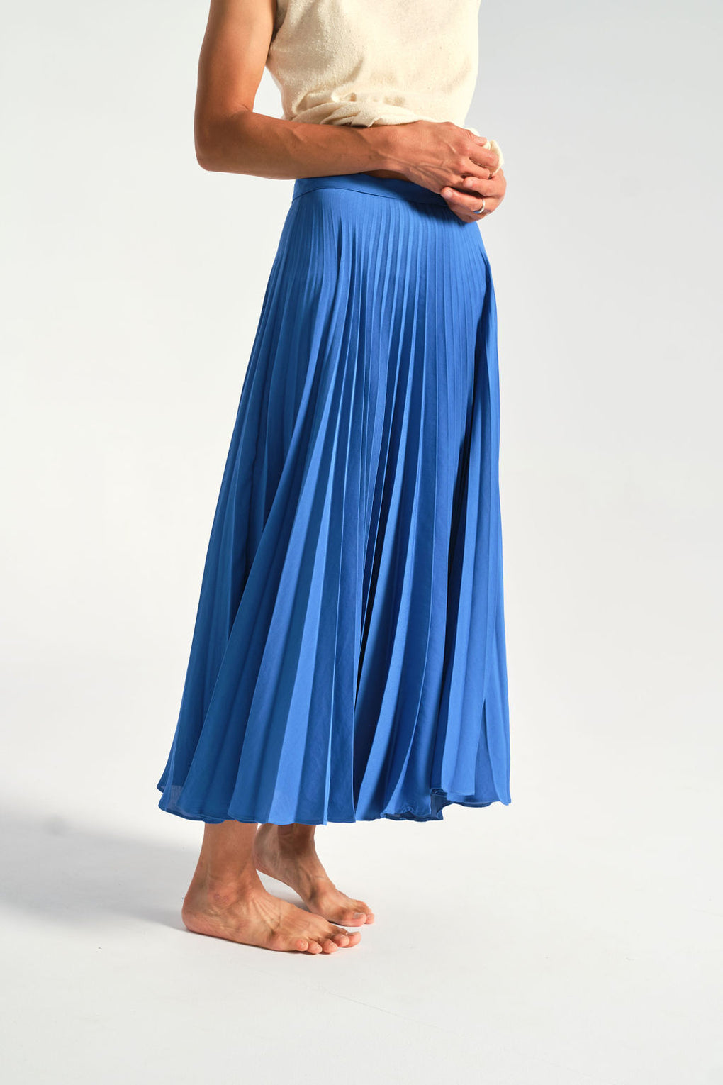 Shaina Mote-aster skirt-pleated skirt-blue skirt-Idun-St. Paul