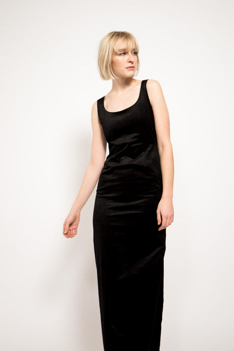Samuji Monita Dress-Black Dress-Formal Dress-Velvet Dress-Idun-Saint Paul