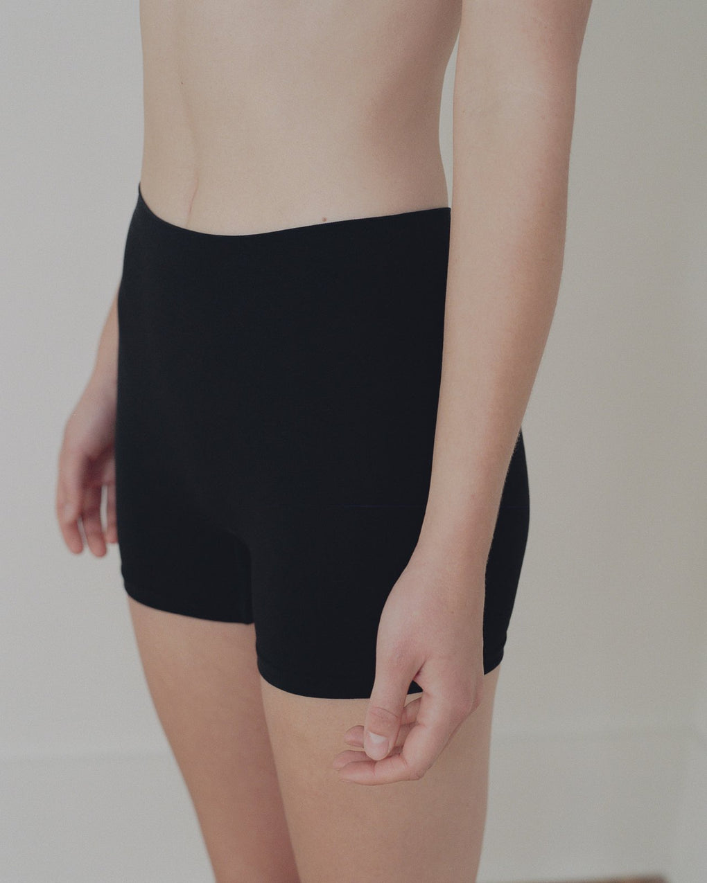 baserange-oleta shorts-short leggings-black legging shorts-Idun-St. Paul