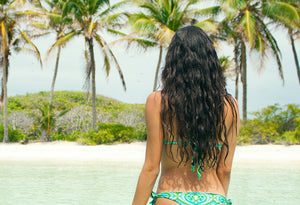 Yes! Coconut Oil Works Its Magic On All Hair Types