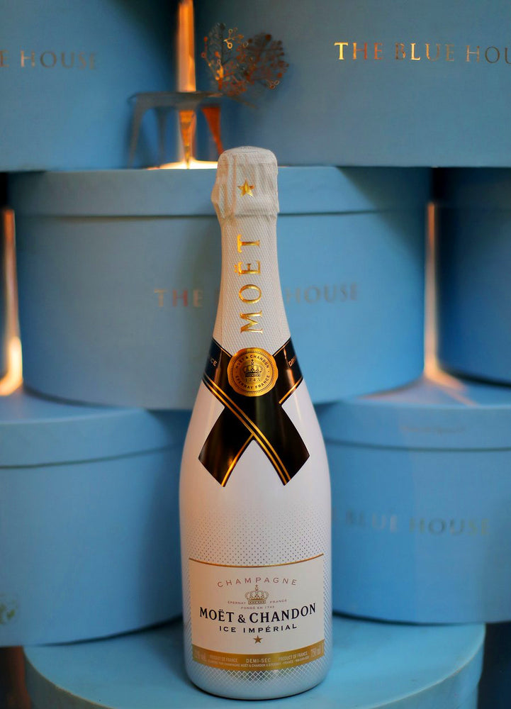 Moet & Chandon X The Blue House