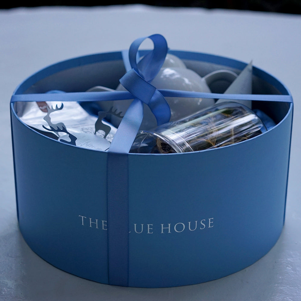 A Classic Gift Set - The BLUE HOUSE