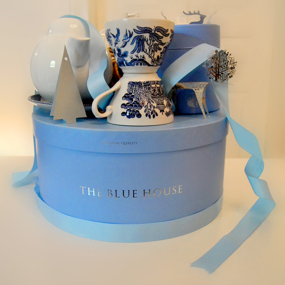 Churchill Tea Set - THE BLUE HOUSE