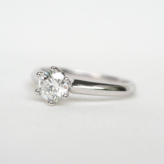 0.54 CT. ROUND DIAMOND SOLITAIRE RING