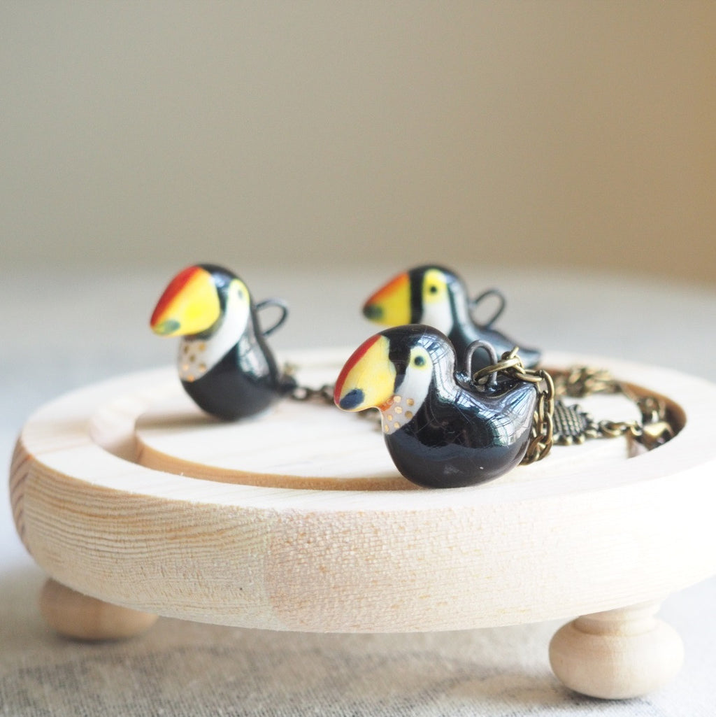 The Toucan necklace