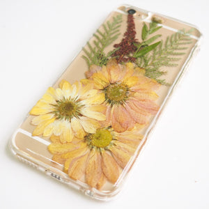The Vintage Yellow Daisy (ヴィンテージデイジー押し花電話ケース)
