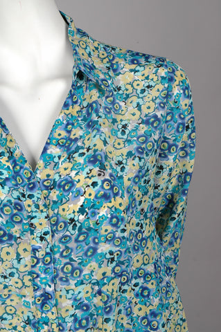 """Henrietta"" Long shirt in 100% silk Crepe de Chine, flower (watercolour)print. Blue"