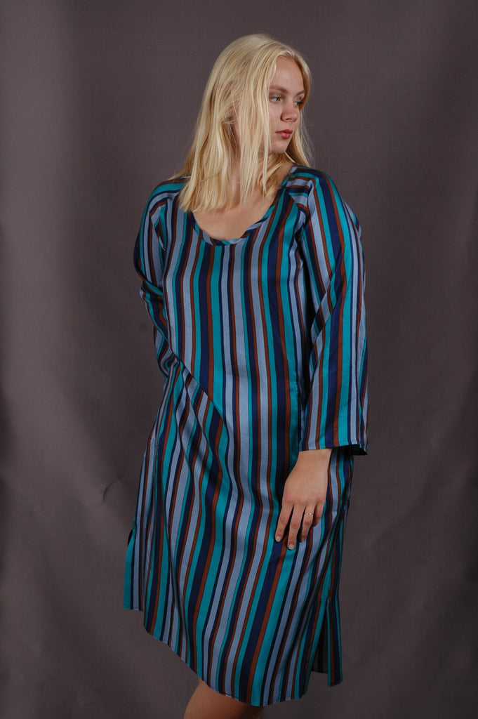 """Hidrea"" Kaftan-dress with pockets. 100% Habotai Silk. Print: ""Bripes"""