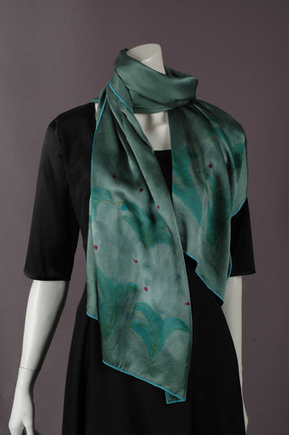 "Pure Silk Satin scarf. Oblong scarf in first quality silk satin (200X55 cm) ""Green"""