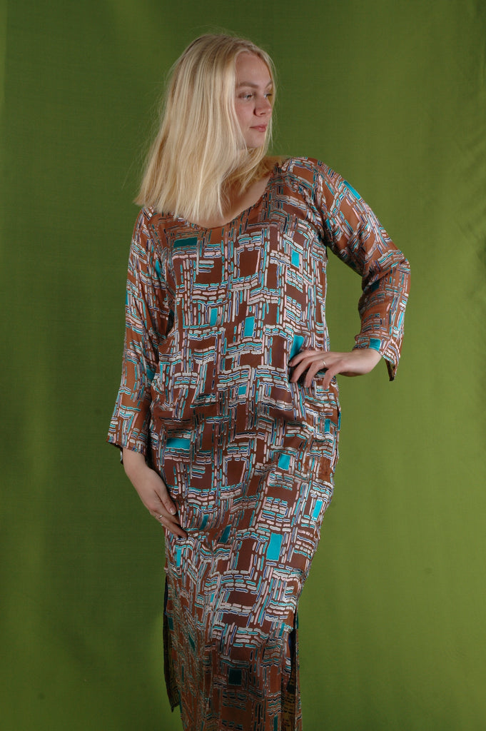 """Indrea"" Maxi dress kaftan-style, with pockets. Print ""Cheeky"""