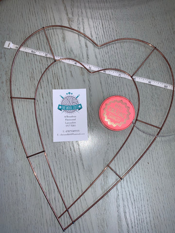 Heart wreath - 10.5 x 13 inch