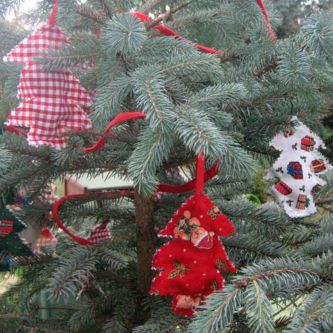 Christmas Tree Cotton Bunting, Handmade Xmas Lavender Filled Reversible Bunting in a Drawstring Bag - Fabric and Ribbon