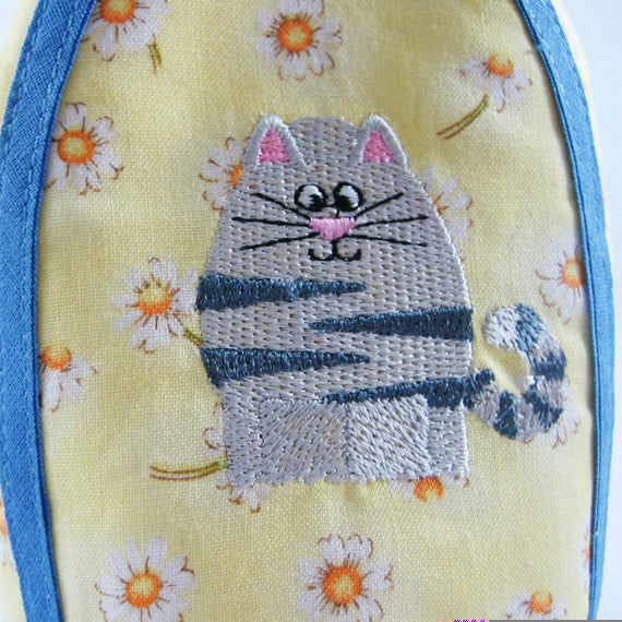 Yellow Spring Cat Egg Cosy plus Linen Drawstring Gift Bag, Embroidered Cat Design, Handmade in Pure Cotton