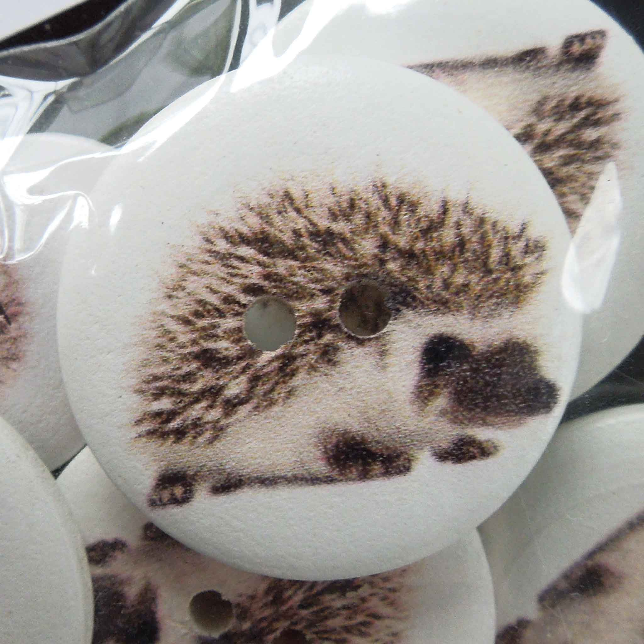 Hedgehog Craft Buttons, Painted Wood Craft Buttons, Pack of 15 Hedgehog Buttons, 18 mm and 25 mm Buttons - Fabric and Ribbon