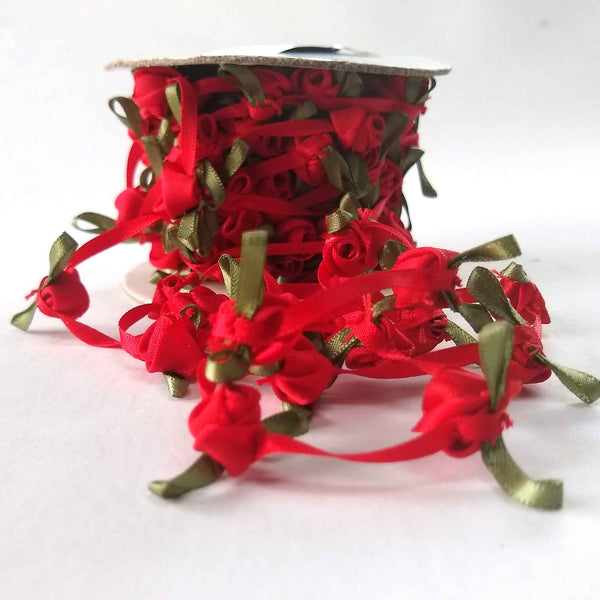 4 mm Red Continuous Rose Ribbon with 1 cm Ribbon Roses