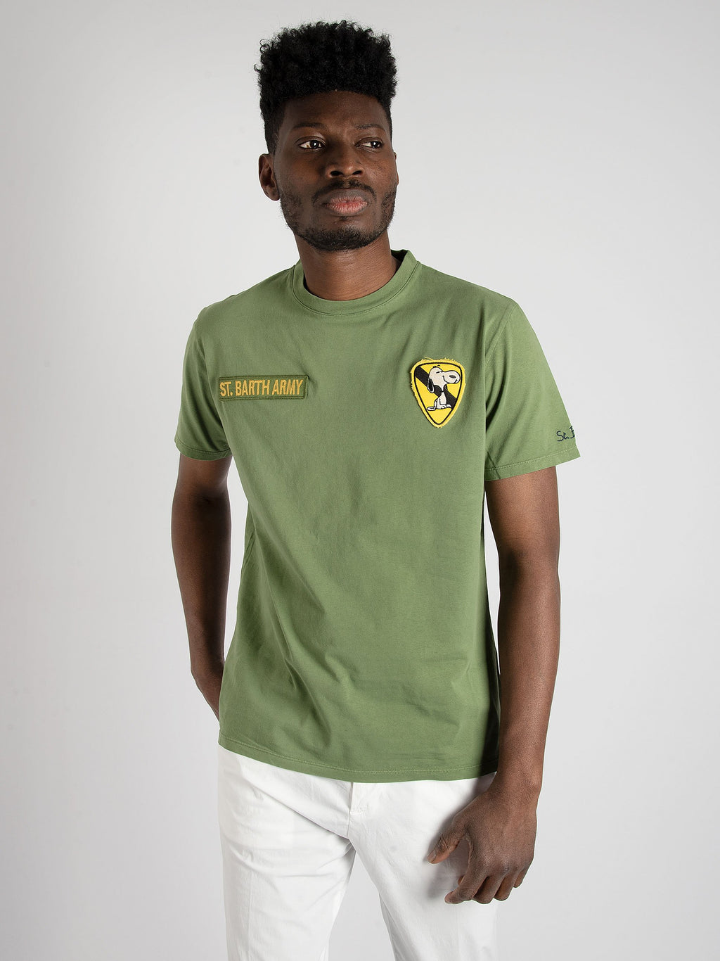 T-shirt 'Snoopy Sit 52' - verde