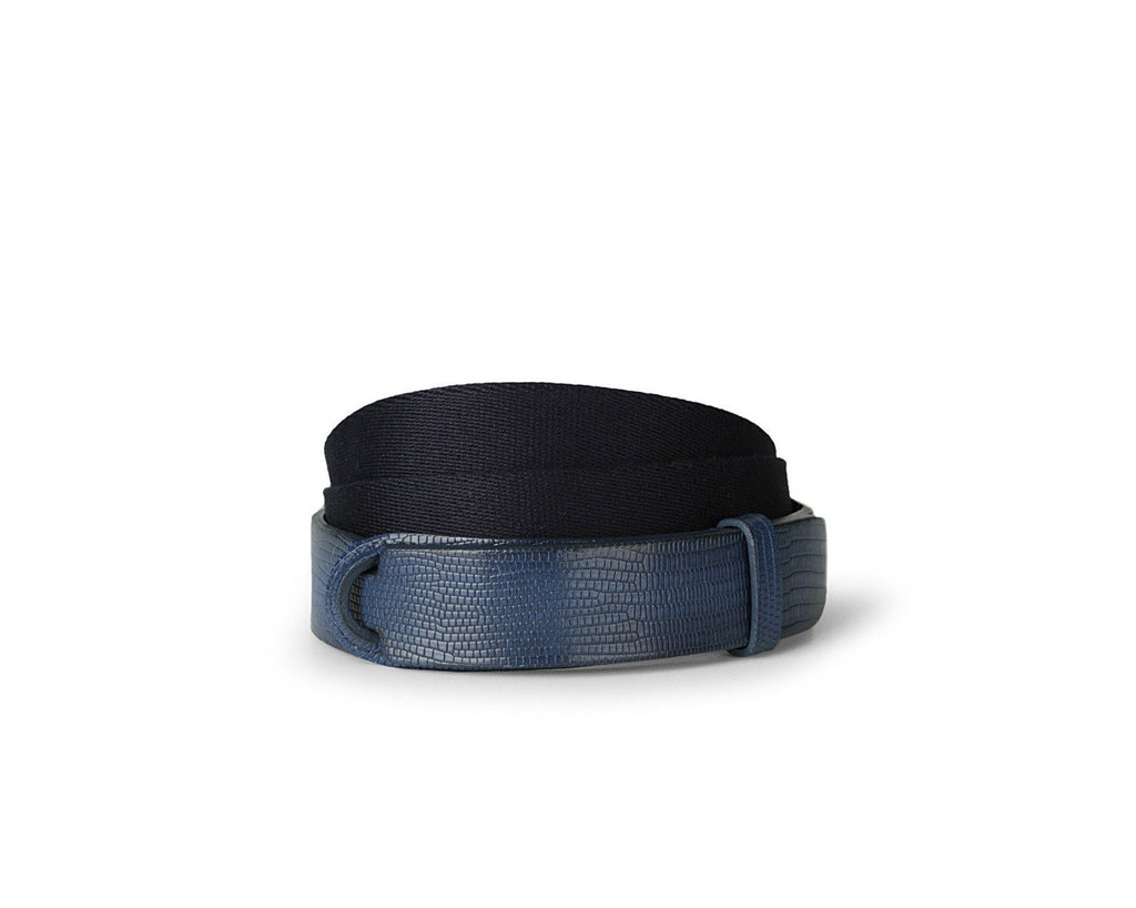 NO BUCKLE martellata blu