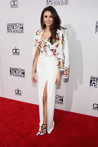 Nina Dobrev's Outfit On The Red Carpet