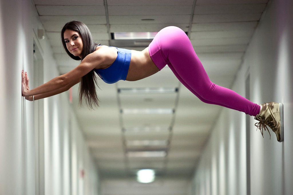 Jen Selter #Seltering in the hall