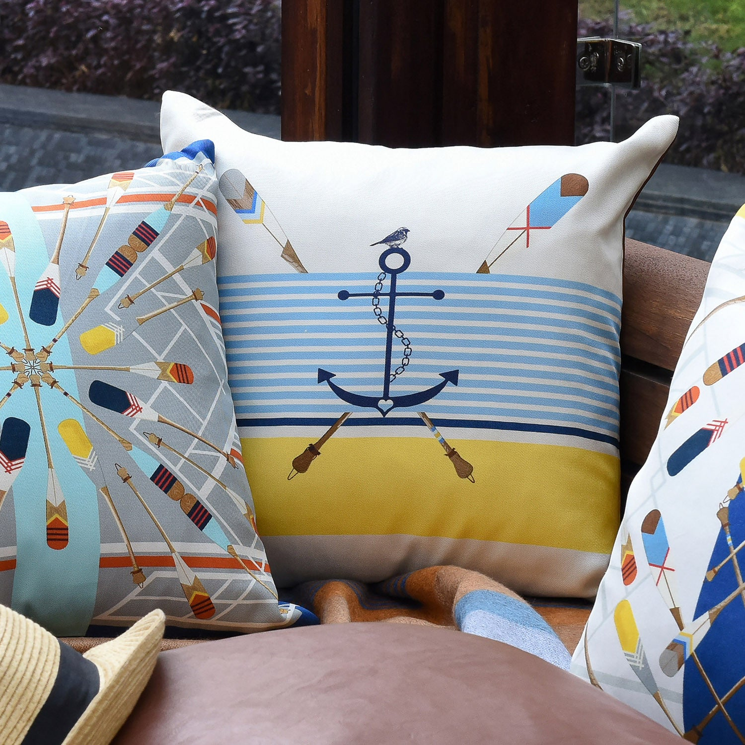 Silk twill and faux leather white nautical and anchor print cushion - Bivain - 2
