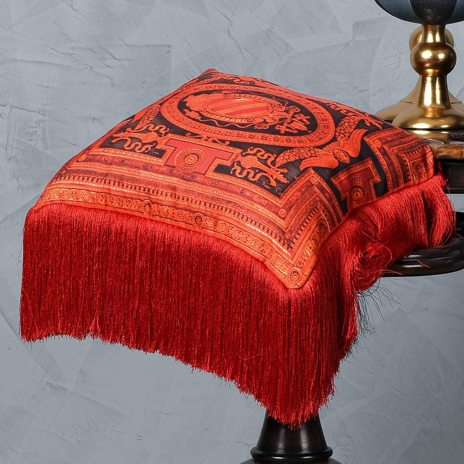 Silk twill and velvet red fringed cushion - Bivain - 2